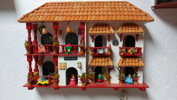 Wall doll house